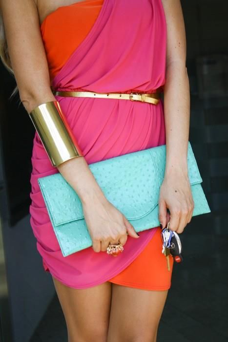 I own that clutch, those keys and that belt. I also have a black version of this dress.... Perfect match!!