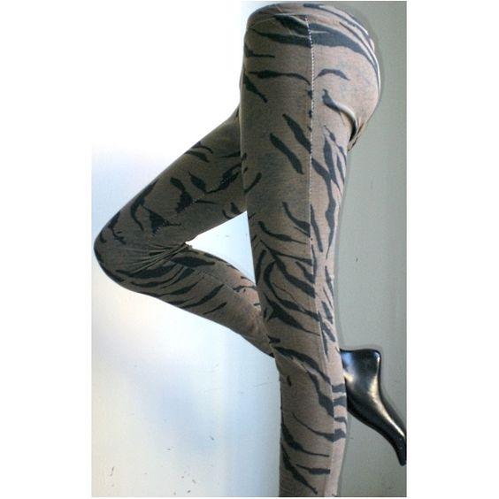 Leggings marroni a strisce