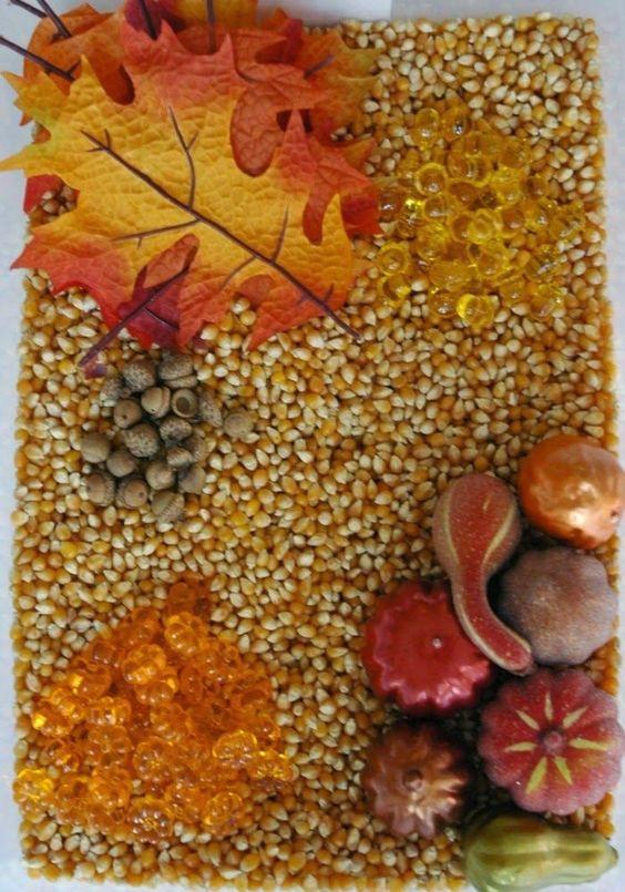 Simple fall sensory bin