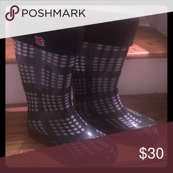 Louisville Cardinal Rain boots Like new wore 1 time size small (5-7) Shoes Winter & Rain Boots