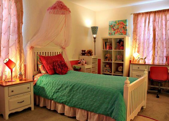 Pink and Aqua - a great color combo for a #biggirlroom!: