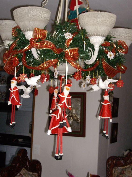 Noeles,  palomas y estrellas  en la lampara