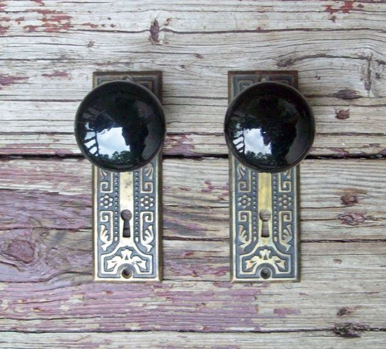 Vintage Ceramic Door Knobs with Brass Ornate Skeleton Key Door Plates & Pinterest \u2022 The world\u0027s catalog of ideas