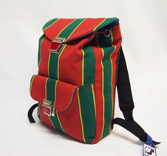 Rucksack aus recyceltem markisenstoff stripes von bolsos Markisenstoffe in berlin