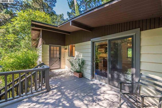 42 HOMEGLEN LN, OAKLAND, CA 94611 - $552,000 / beds: 2 / baths: 1 Full - Delightful home with enjoyable outdoor spaces front & back. Updated kitchen, granite counter, dining area, living rm with fireplace. Enjoy large decks in wooded setting. Large storage room or shop accessed through carport.