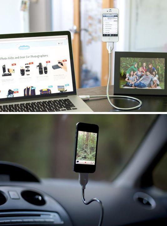 充電しながら、あらゆる角度にスマートフォンを固定できるケーブル - まとめのインテリア