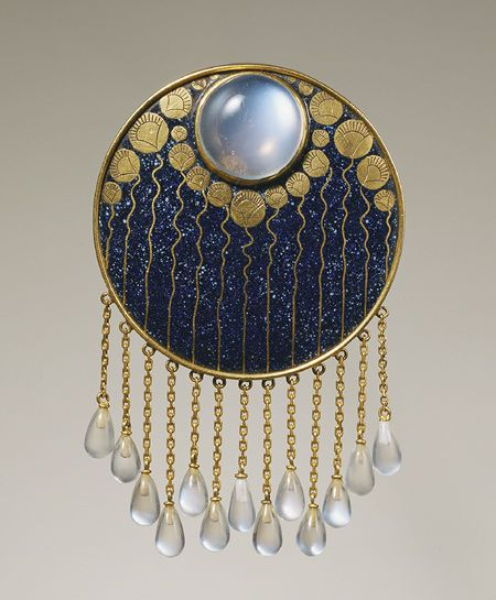 Austrian Jugendstil design of night-blooming lotus by Ferdinand Hauser: Gold, enamel moonstone brooch. ca. 1900 | JV: