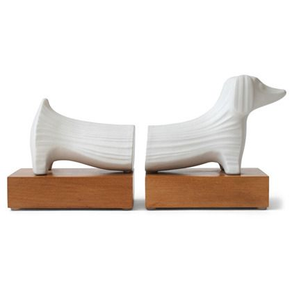 Dachshund bookends, so cute for a small collection of books.