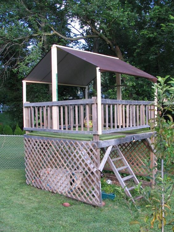 Tarp Roof For The Tree House Trees The Treehouse And