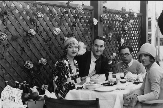 Eileen Percy, here w Marion, Billy Haines + King Vidor on the set of SHOW PEOPLE, was probably Marion Davies' best friend. She always came over when Marion was having trouble, concerned first w her feelings. A rare loyal confidante in Marion's life.
