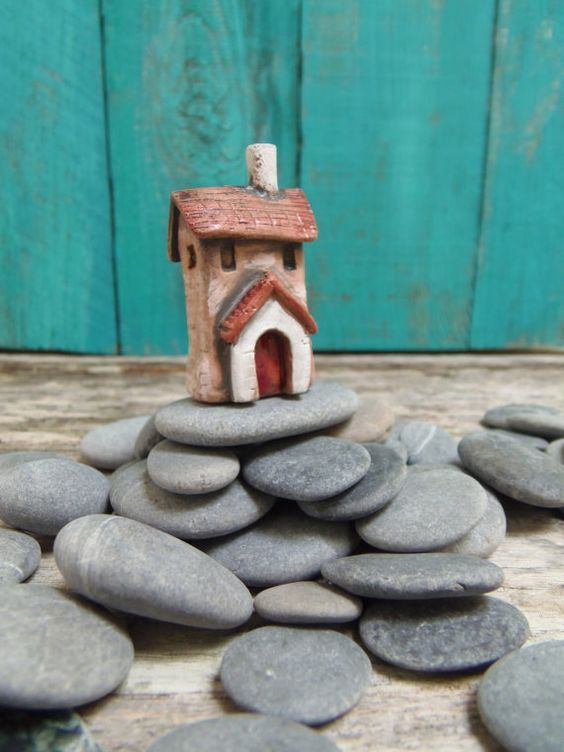 Old house with porch  ceramic miniature  - Perfect for a fairy garden