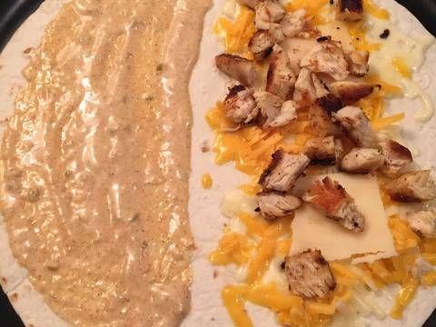 Copy Cat Taco Bell Chicken Quesadillas Recipe by Jennifer Helston - Cookpad