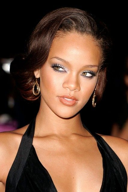 Fantastic Rihanna Looks Rihanna And Book On Pinterest Short Hairstyles Gunalazisus