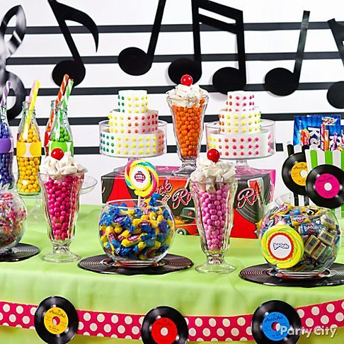 This Candy Buffet Will Be Everyone S Main Squeeze At Your 50s Theme Party Click To Browse Our Ideas Ga Pinteres