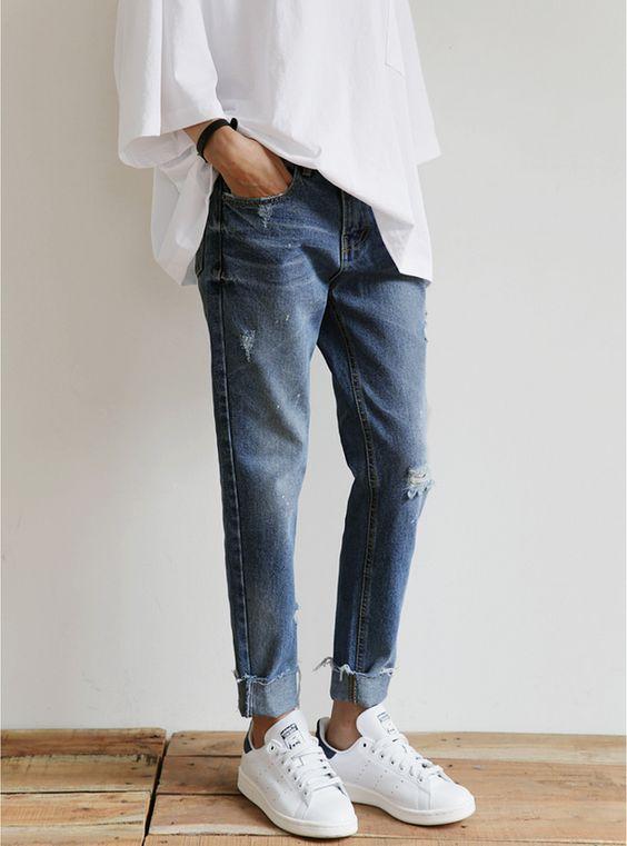 Jeans com tênis branco + túnica é a cara do verão