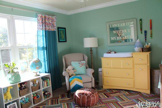 Great rug from @Ballard Designs in this gender neutral #nursery