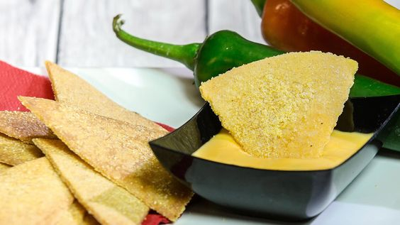 Salsa Piccante al Formaggio per Nachos e Tortillas