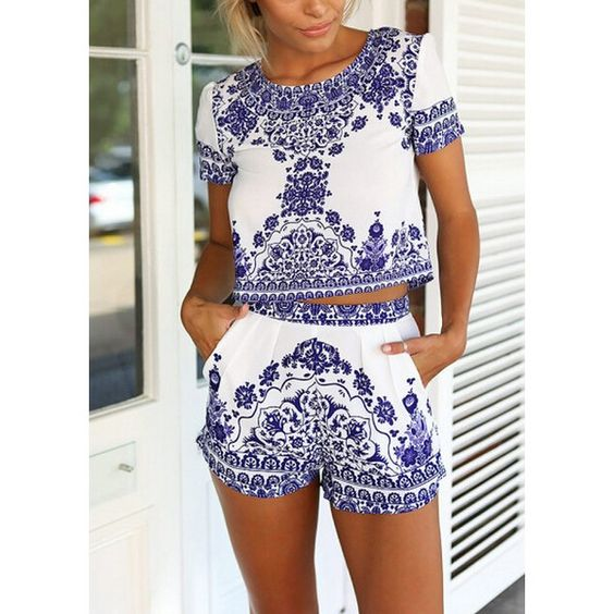 SheIn(sheinside) Blue White Short Sleeve Floral Crop Top With Shorts (23 CAD) ❤ liked on Polyvore