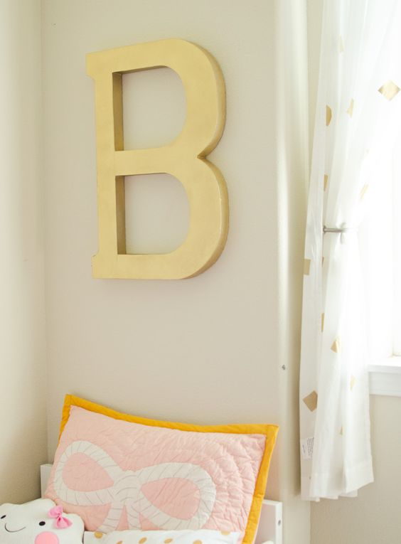 modern navy, coral, and gold bedroom; toddler girls room, modern toddler bedroom, DIY metallic letter, modern bedroom decor