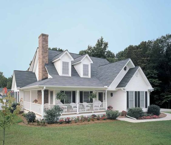 Eplans farmhouse house plan country living at its best for Eplan house plans