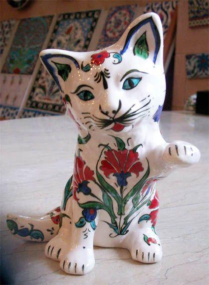 Seramik Kedi