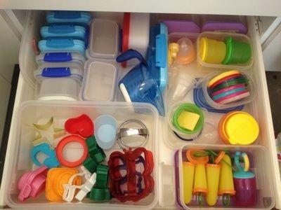 Plastics Cupboard, organized kitchen drawer, organizing tupperware