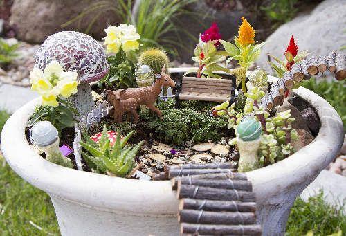 Diy Memorials Planning A Loved One S Memorial Garden Fairy Garden Pots Fairy Garden Containers Mini Garden