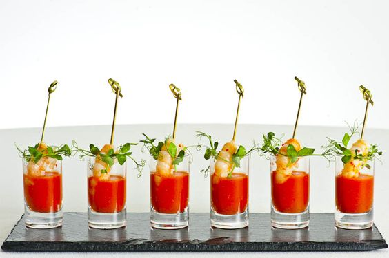 Tomatoes on pinterest for Prawn cocktail canape