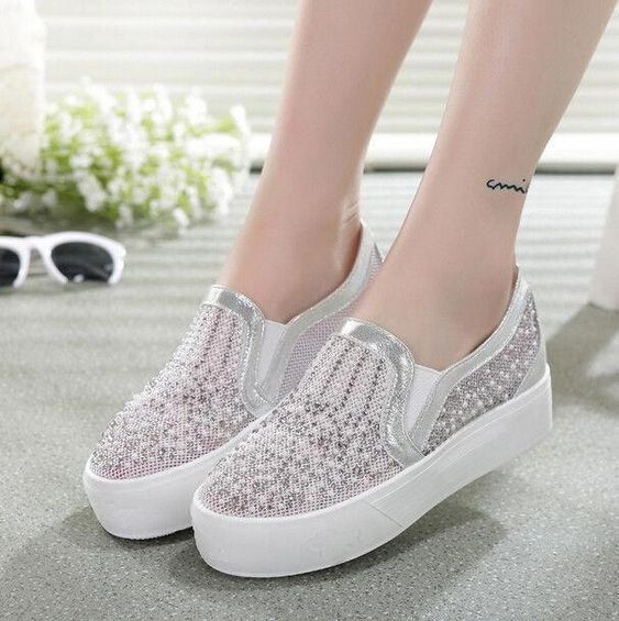 52 Comfortable  Shoes To Wear Now shoes womenshoes footwear shoestrends