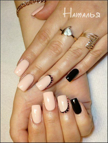Air nails, Beautiful nails 2016, Beige dress nails, Black and beige nails, Creamy nails, Delicate beige nails, Elegant nails, Evening nails