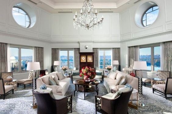 President's Day makes us wish we were reveling in a long weekend... in one of the world's most prestigious Presidential Suites.