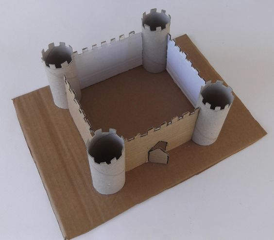 Paper castle castle from toilet paper rolls how to make for Toilet paper roll jewelry box
