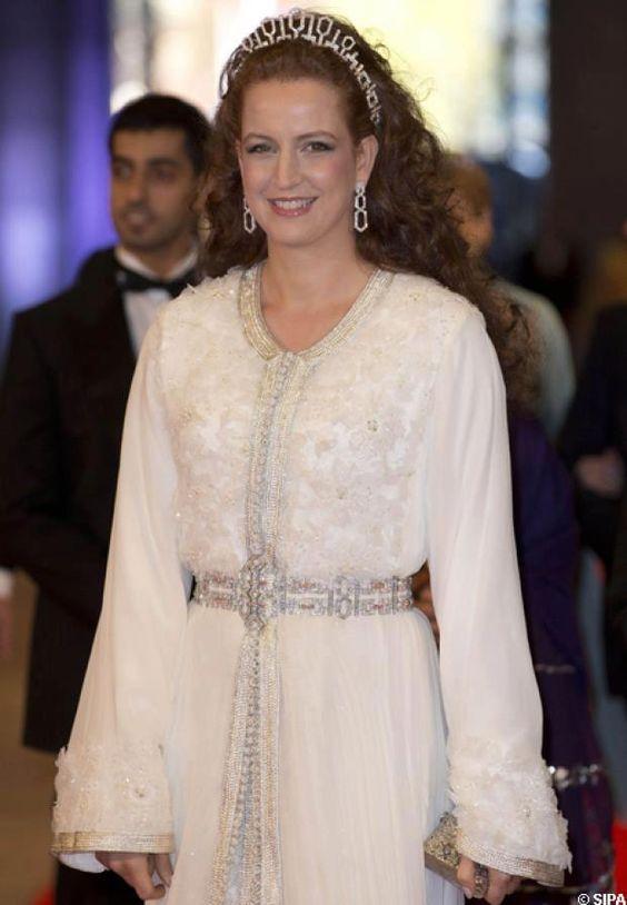caftan royale marocco, caftan el amira lala salma