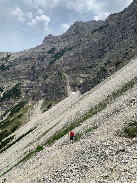 Bergtour Kreuzspitze Ammergauer Alpen Insidemunich Lifestyle Blog Ammergauer Alpen Bergtour Alpen