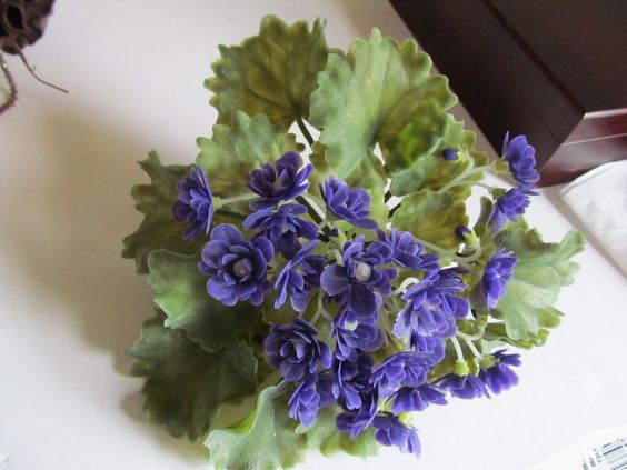 VINTAGE PLASTIC VIOLET  FLOWER 1950 FOR BOUQUETS