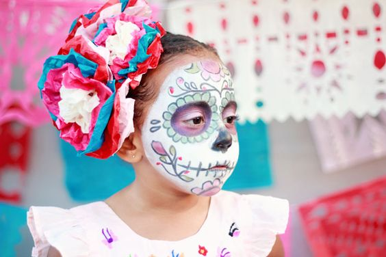 Mexican Day of the Dead: Traditions, Calacas and Legacy from DeSuMama.com