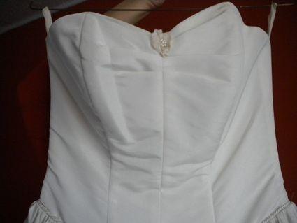 Robe de mariée ivoire avec jupon taille 36/38 d'occasion à Mantes-la-Ville