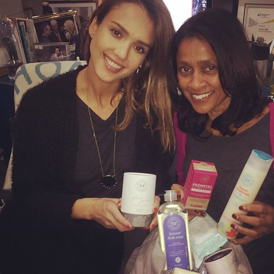 My sweet @ramonabraganza came by @honest today! I love her so much! Missed one of my bff's! So glad she's back! Xoxox