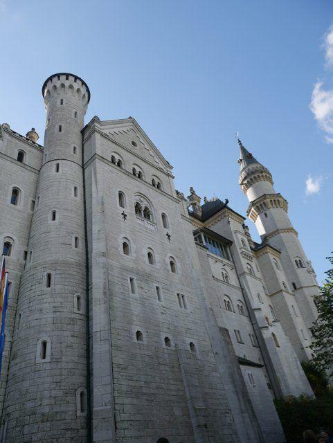 Schloss Neuschwanstein Tickets So Machst Du Es Richtig Reiselife Schloss Neuschwanstein Deutschland Burgen Neuschwanstein