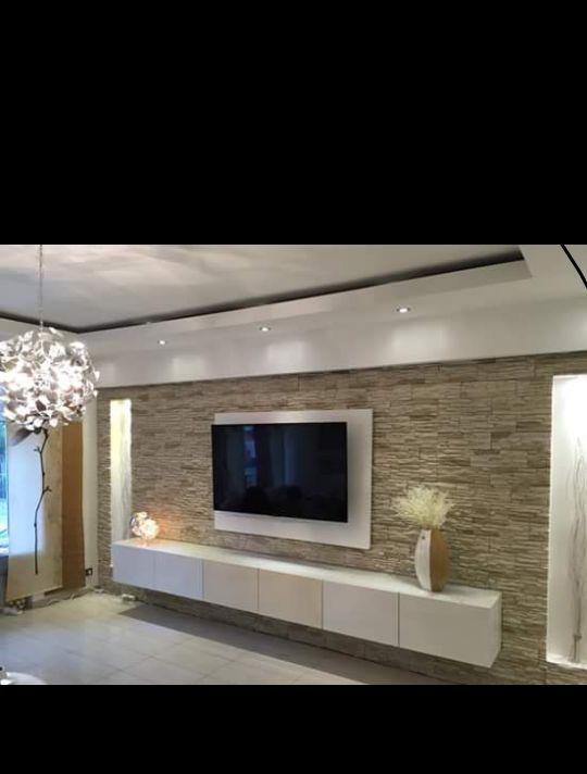 Heimkino im Wohnzimmer Dual-Lösung mit Fernseher, Beamer und Dolby - wohnzimmer ideen beamer