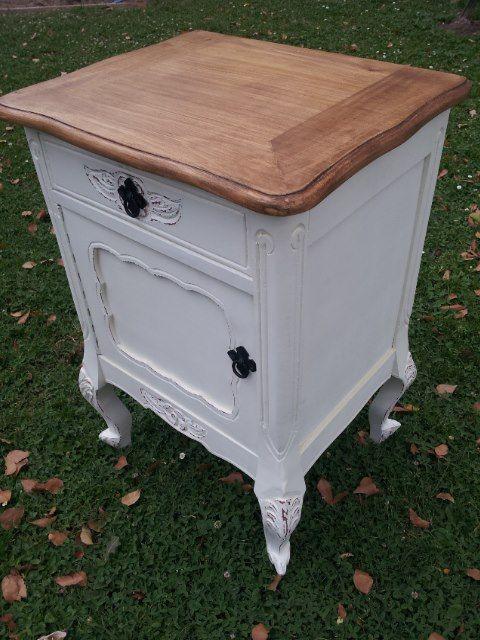 En decora muebles vas encontrar veladores a la venta con for Muebles diseno vintage