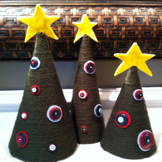 Christmas Trees made with yarn and buttons. My first Pinterest project!