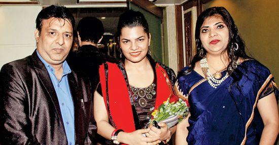 Singers Aamir Shaikh, Mamta Sharma collaborate for single 'Lahori Kabab' , http://bostondesiconnection.com/singers-aamir-shaikh-mamta-sharma-collaborate-single-lahori-kabab/,  #MamtaSharmacollaborateforsingle'LahoriKabab' #SingersAamirShaikh