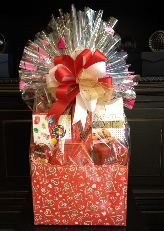 Here\'s our newest gift basket design- just in time for Valentine\'s ...