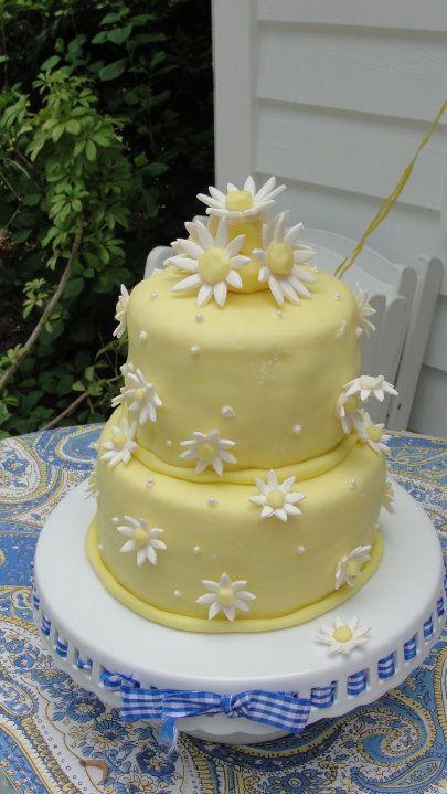 My sisters grad cake I made <3