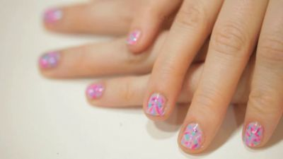 donut sprinkle manicure!
