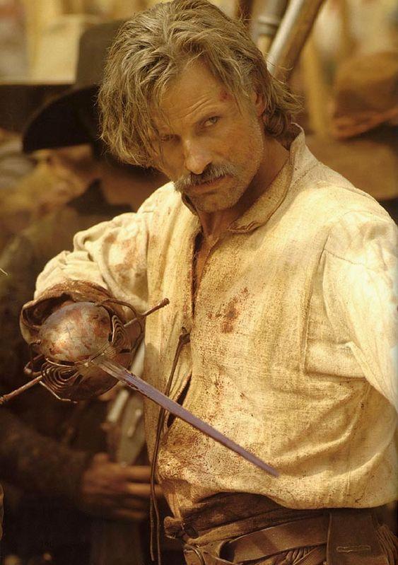 Viggo Mortensen como Alatriste de Arturo Pérez Reverte