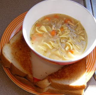 Frugal Food for Large Families: Meals Recipes, Chicken Noodle Soups, Family Meals, Cheap Meals For Large Families, Frugal Recipes, Families Recipes, Frugal Food, Chicken Noodles, Family Recipes