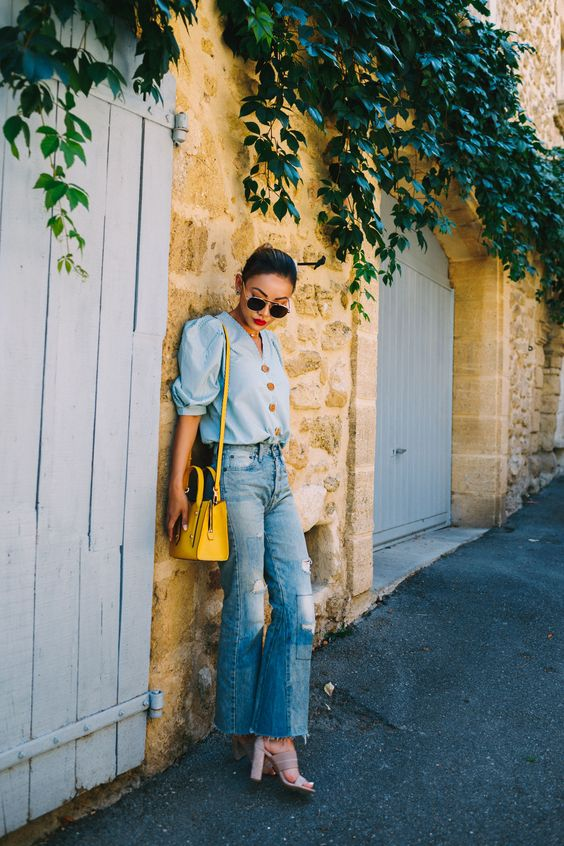 Trending Jeans for Spring - high-waisted jeans, denim outfits // Notjessfashion.com