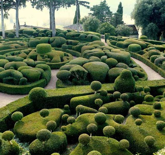 Marqueyssac Gardens, Vézac, France. (There is also a gigantic hedgehog sculpture here).: